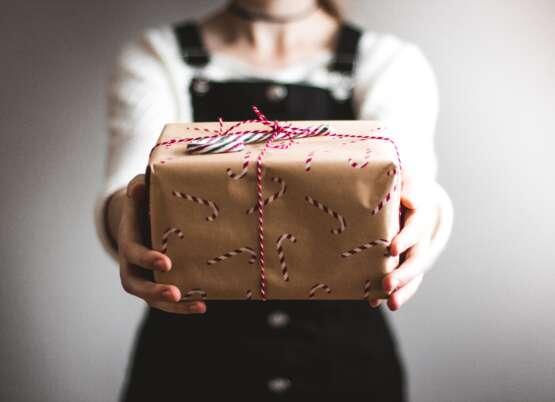 """""""Wesołych Świąt"""" w językach obcych"""